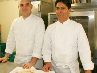 Los chef peruanos que prometen presentar la cocina más tradicional de su país. (Luis Álvarez/International Press)