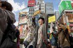 Movimiento antipobreza en Japón exige un salario mínimo de 1.500 yenes por hora