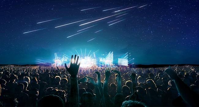 Japón lleva el entretenimiento a un nuevo nivel: estrellas fugaces artificiales