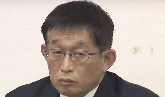 Alcalde en Japón se disculpa por mandar a quemar una propiedad, pero buscará la reelección